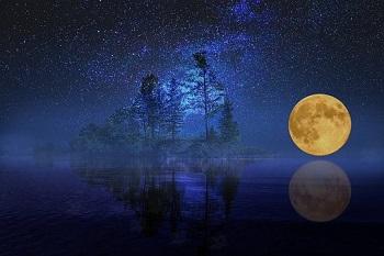 full-moon-2698762__340.jpg